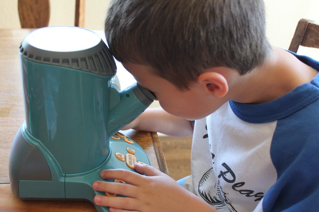 Educational Insights Talking Microscope Giveaway!