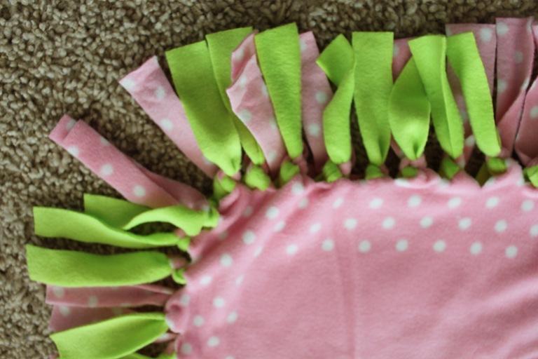 No Sew Fleece Tie Blanket Tutorial - Confessions of a Homeschooler