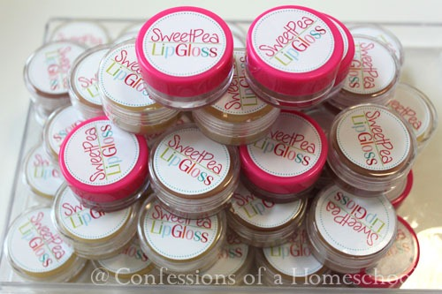 Homemade Glossy Lip Balm Recipe