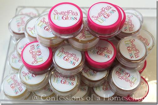 Homemade Glossy Lip Balm Recipe