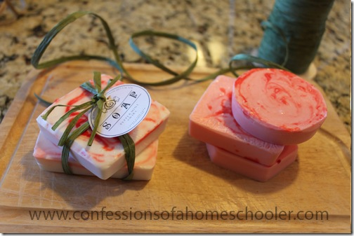 peppermintswirlsoap2