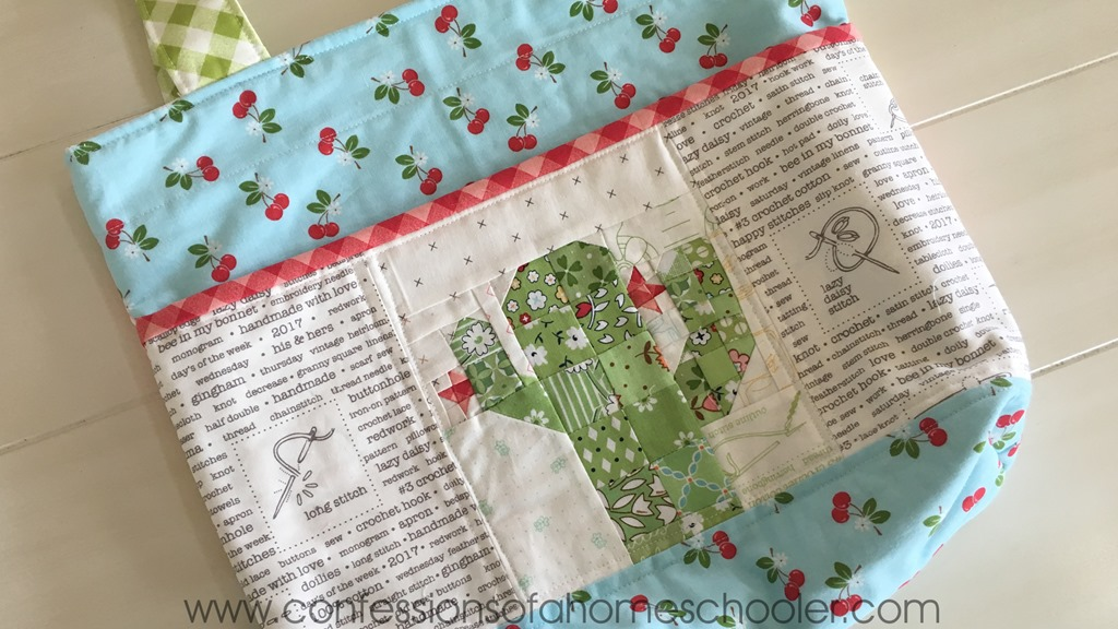 Scrappy Pocket Tote Bag Tutorial